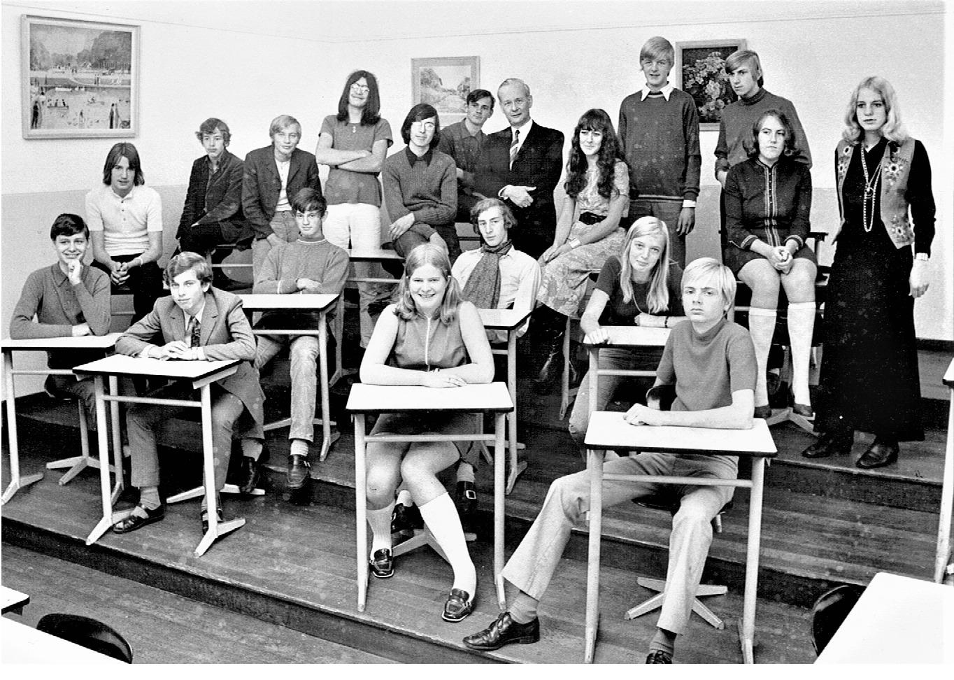 Koningin Wilhelmina School (KWS) foto