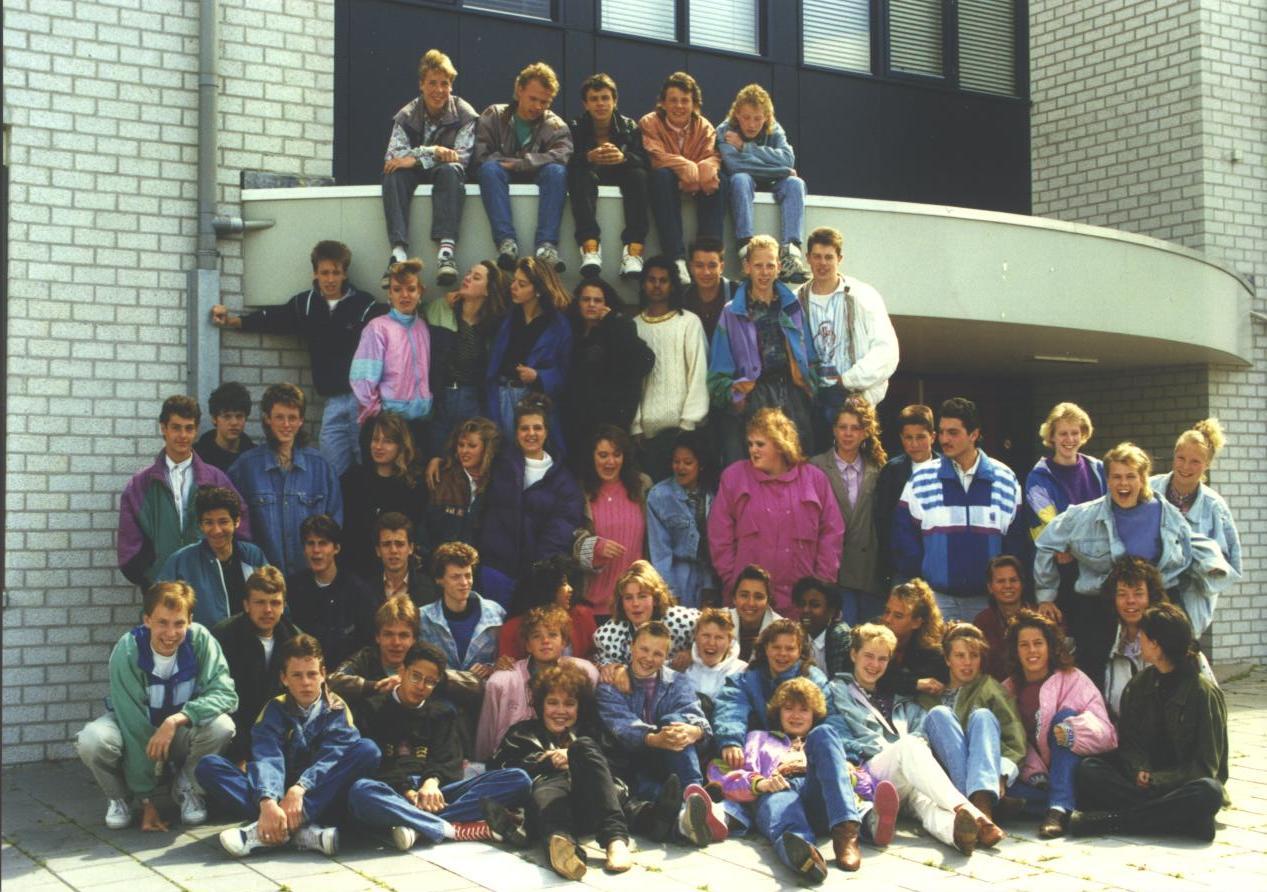 Oscar romero College foto