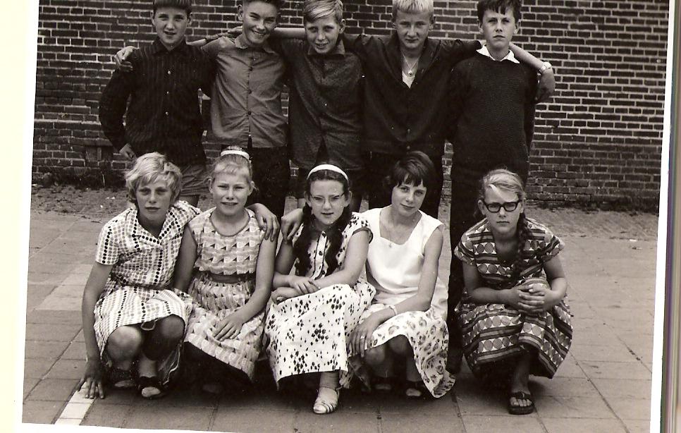 Openbare lagere school Zuideropgaande 120 foto