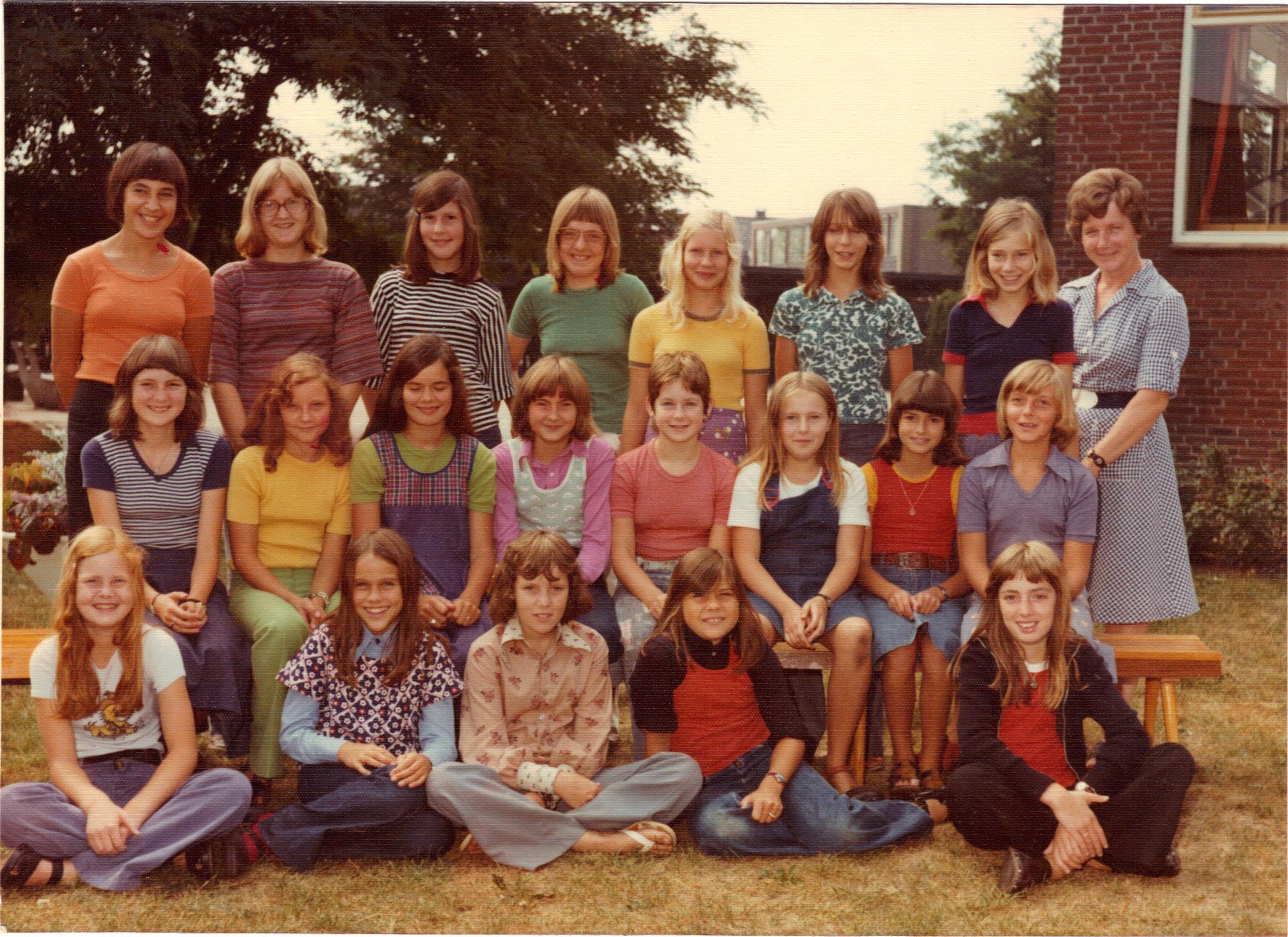 L.H.N.O. School foto