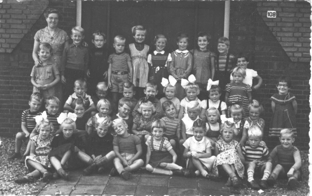 Algemene Christelijk kleuterschool Runde (achter de Christelijke Kerk) foto