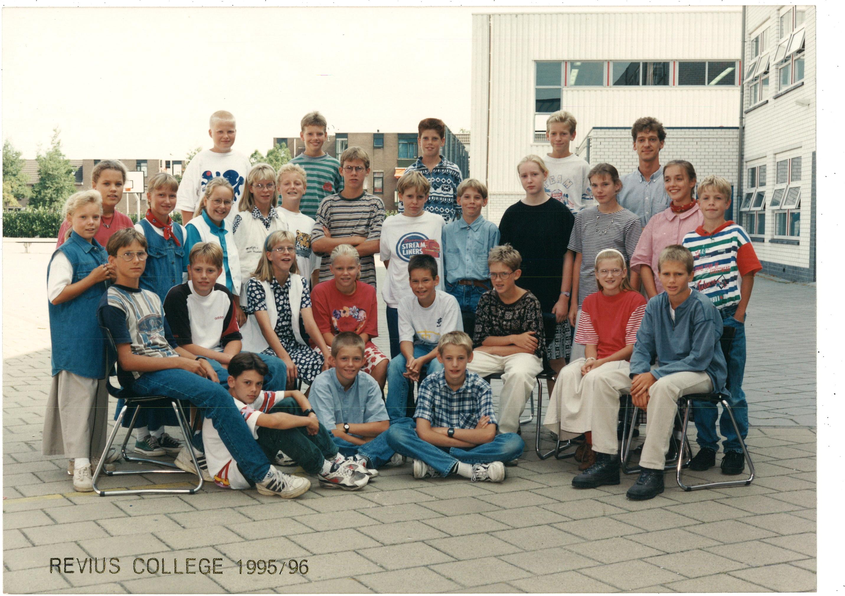 Wartburg College / Revius College foto