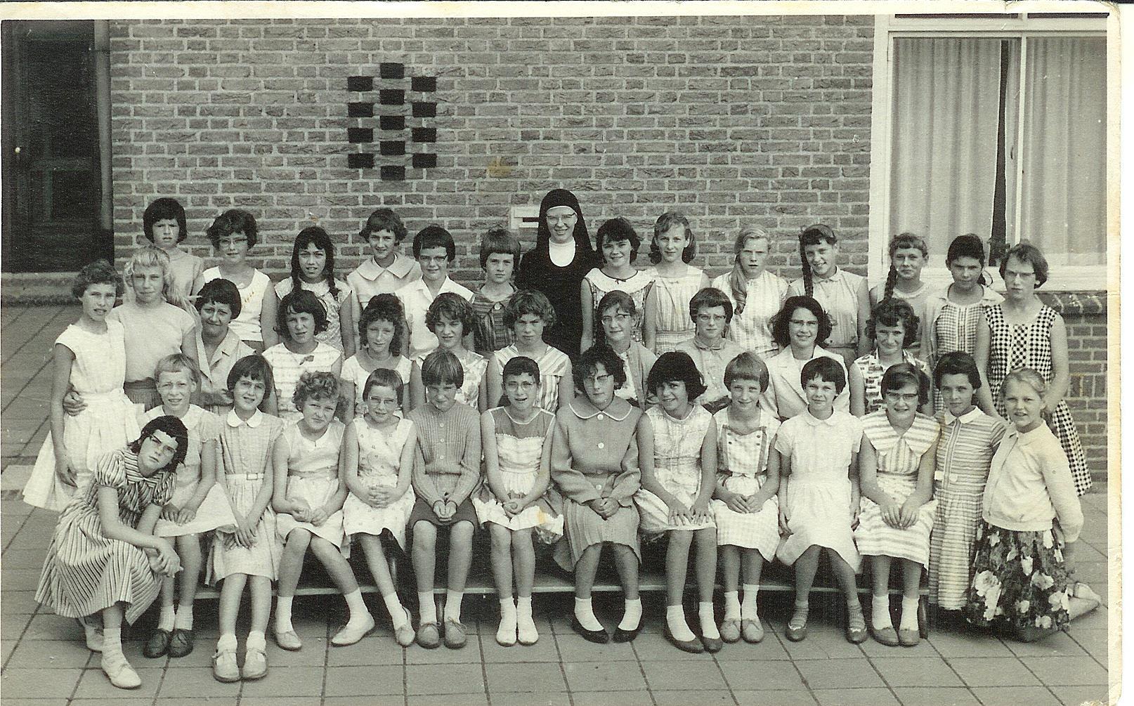 R.K.Meisjesschool Regina Mundi foto