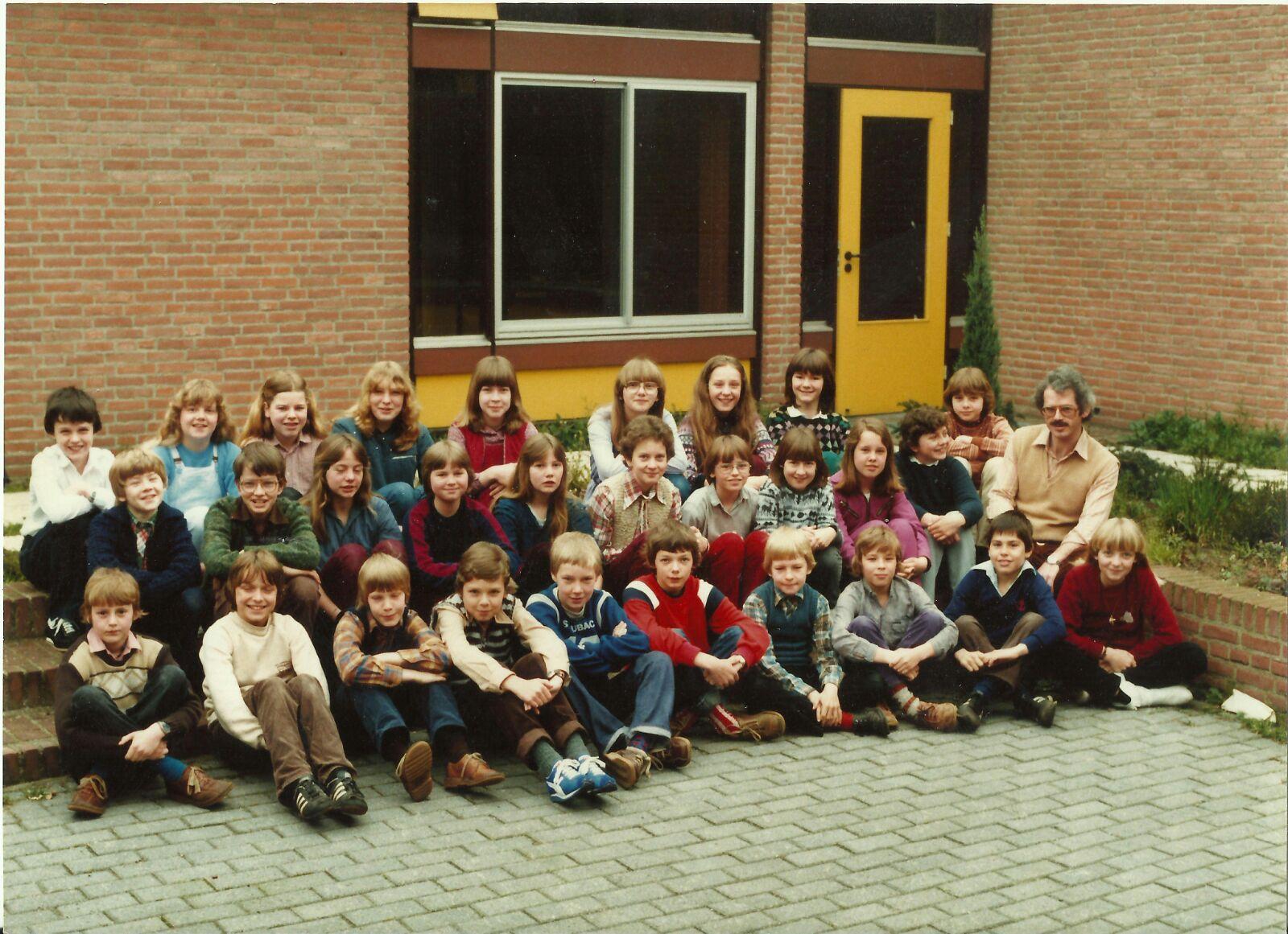 't Schrijverke (zie ook Lagere school, Wilgendaal/ t slotje) foto