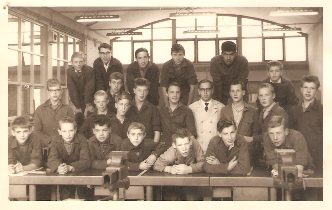 Lagere Technische School foto